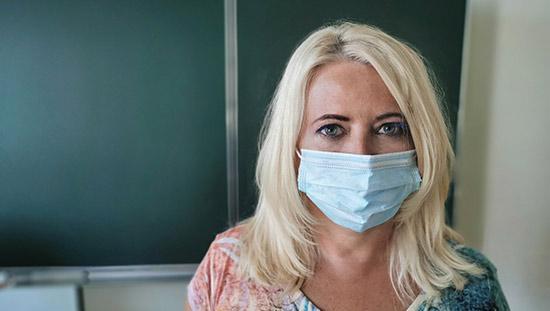 Experterna svarar: Får vi kräva ansiktsmask?